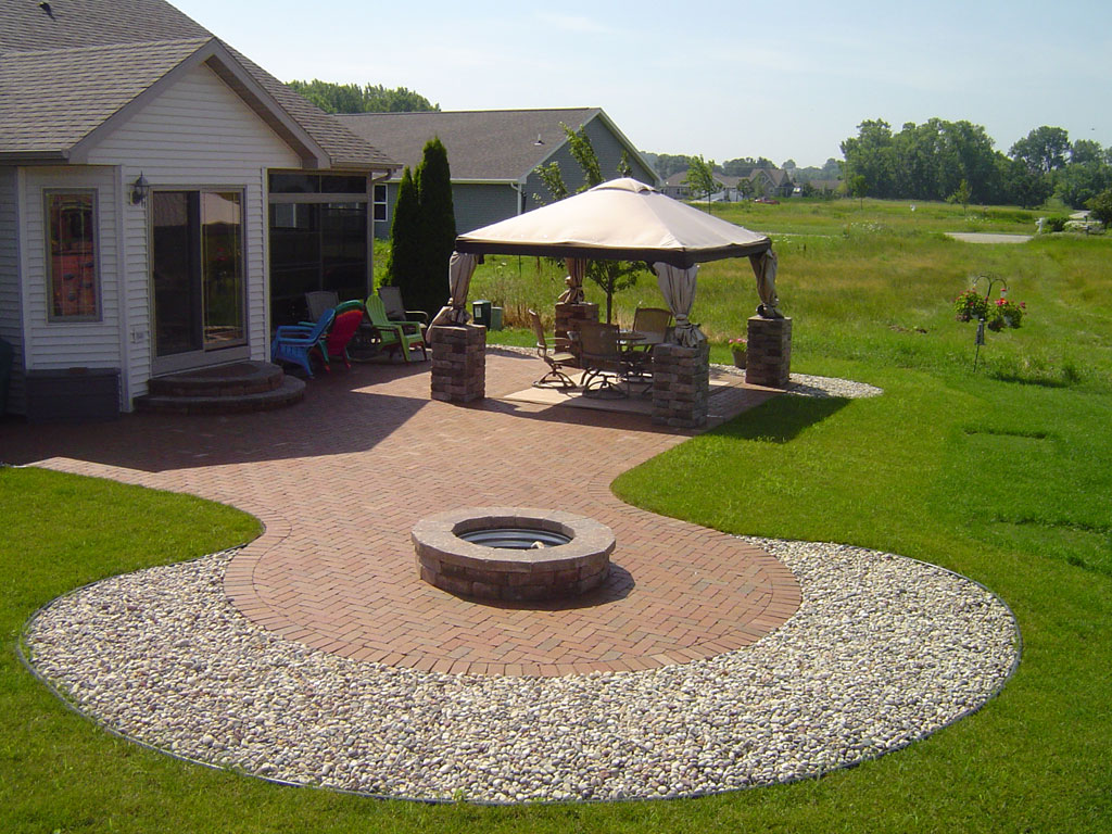 Outdoor Living Spaces Gallery - Zillges Spa, Landscape ... on Outdoor Living Spa id=72125