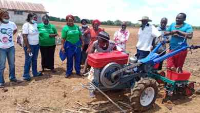 Photo of Masvingo folks get two-wheel tractors, maize shellers on 24 months credit