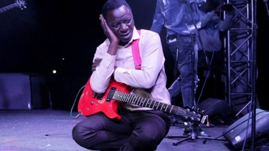 Photo of Macheso raids own farm for beef, maize meal to feed hungry band members