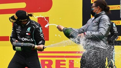 Photo of Zimbabwe-born Stephanie Travers becomes first Black woman on an F1 podium
