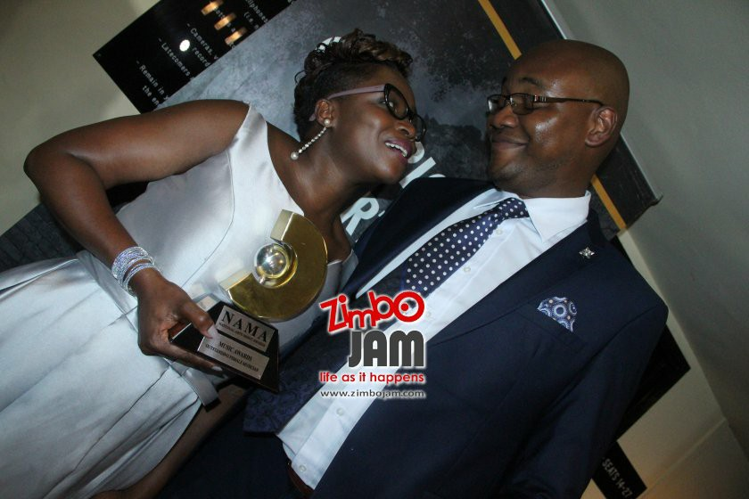 Janet Manyowa with husban and manager Munyaradzi PIC: ZIMBOJAM.COM