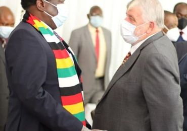 Zimbabwe signs $3.5 billion deal to compensate white farmers