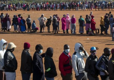 Mounting calls for SA government to extend relief package