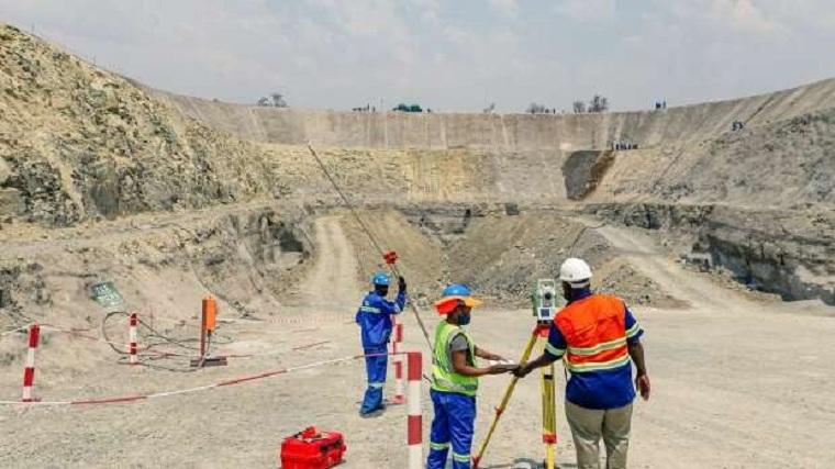 Coronavirus disrupts funding for one of Zimbabwe's biggest platinum mines