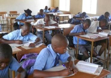 Zimbabwe postpones opening of schools indefinitely