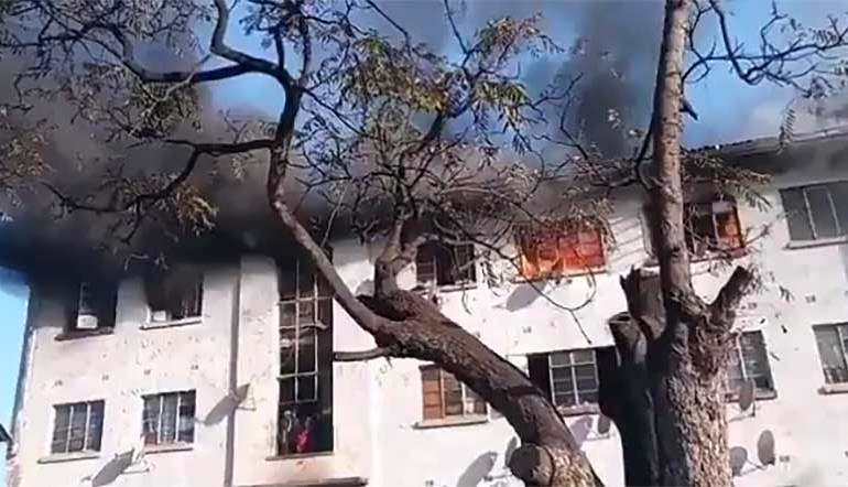 30 families left homeless after fire engulfs Matapi Flats in Mbare