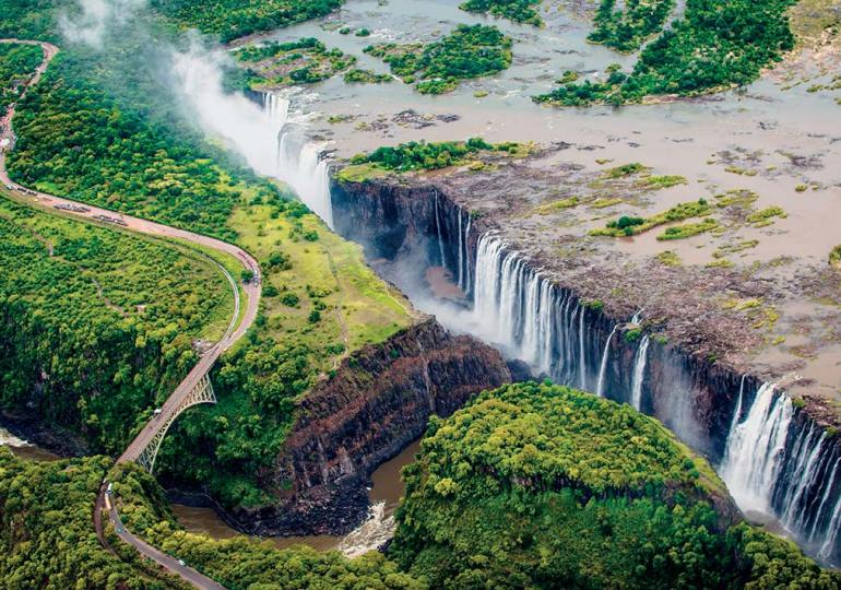 Zimbabwe re-opens Victoria Falls land borders to fully vaccinated tourists