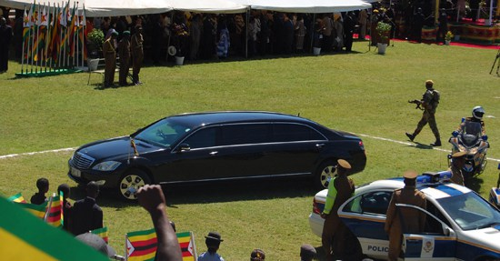 Mugabe gets to keep presidential limo, Grace wants ALL her bodyguards'-sources reveal Former Zimbabwe president Robert Mugabe has had his travel and security expenses drastically cut but has been allowed to keep the presidential limo and a wing in State House, a newspaper reports. Mugabe, who was persuaded to resign last month after a military takeover, has been able to keep his bullet-proof black Mercedes limousine, says the