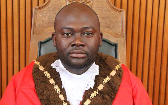 MDC-T JUMPS TO THE DEFENSE OF MUTARE MAYOR ACCUSED OF SHADY DEALS