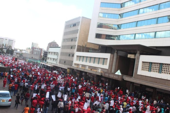 MDC ALLIANCE PAINTS HARARE CBD RED : PICTURES