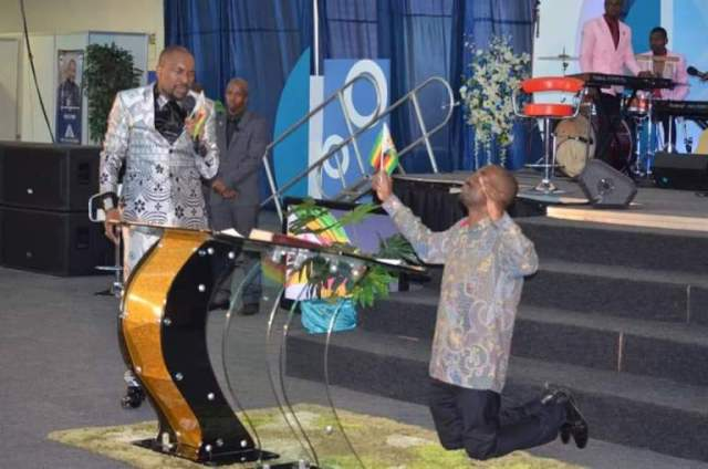 CHAMISA VISITS Prophet Blessing Chiza's Church : pictures