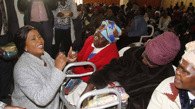 First Lady donates to the elderly