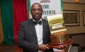 Aiden Mhere Wins Chartered Secretary of the Year Award