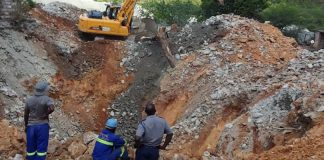 Rescue efforts underway at Esikhoveni Mine, one found dead