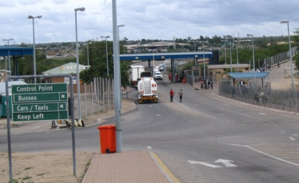 SA to reopen its side of Beitbridge border post within 24 hours