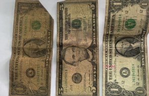 Forex Dealers Trade Dirty Rand And US Dollar Notes