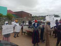 """Eye Witness Narrates Attack On Chamisa's Aides By """"ZANU-PF Mob"""""""