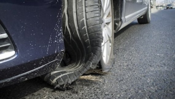 Tyre Blowout While Driving: What To Do
