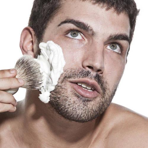 Barzdos-skutimosi-kremas Pats geriausias skutimosi kremas vyrams