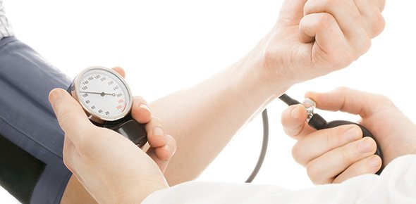 hipertenzija 1 valgomasis šaukštas