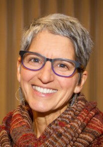 Lauren Zinn of ZinnHouse creates interspiritual youth education programs for interfaith and youth and families.