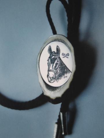 Pferde-Bolo - Handstich eingelassen in politiertes Hirschhorn