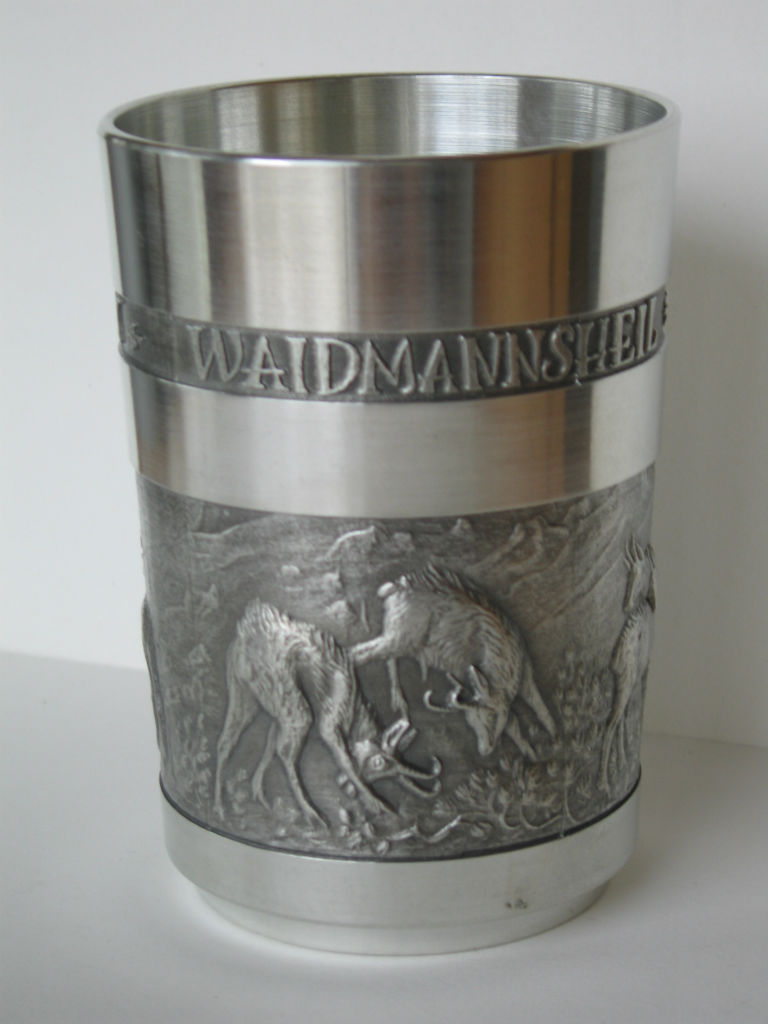 "Gams-Becher mit Schriftzug ""Waidmannsheil auf allen Wegen"""