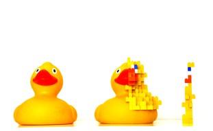 Rucked duck, papera di gomma, lego, colla - 60x34x30cm