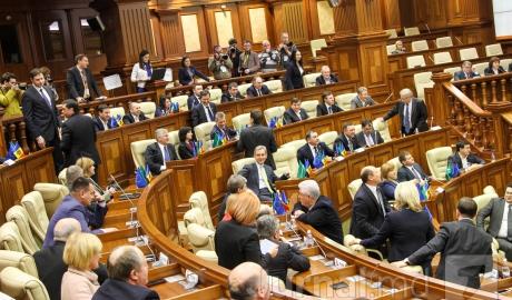 Imagini pentru parlamentul r moldova
