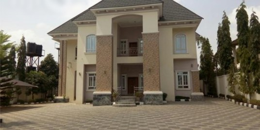 5 BEDROOM DUPLEX IN MAITAMA