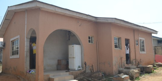 3 BEDROOM BUNGALOW IN LUGBE