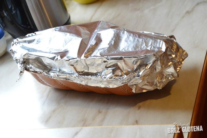 brezglutenski kvinojin kruh z indijskim trpotcem 5