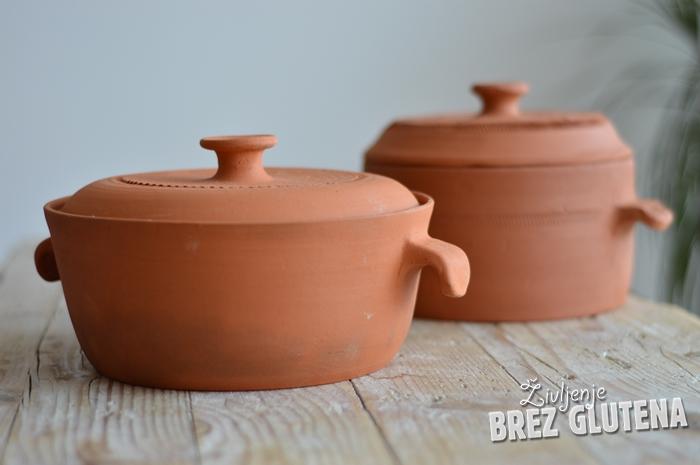 Brez odlične glinene posode ni prave peke brezglutenskega kruha