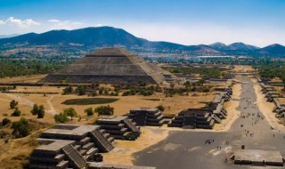 The ruins of Teotihuacan Mexico are among the most important in the world. The fate of its civilization remains unclear, but we do know that this was once the centre of an advanced society with a population of more than 200,000. The magnificent pyramids and palaces were abandoned in about 700 AD and little is known about the people.