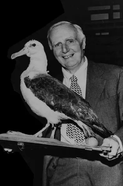 Bullard, receiving The Albatross Award, an ignoble geophysical prize. (By permission of Scripps Institution of Oceanography, UC San Diego.)