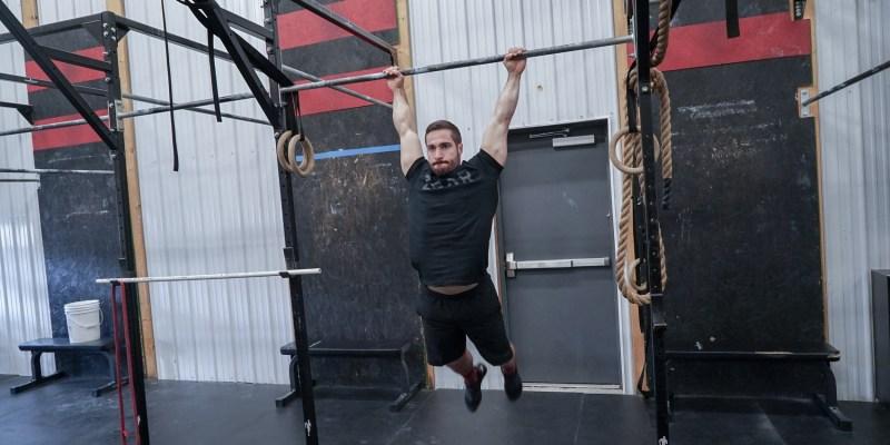 athlete-kip-swing-gymnastics-crossfit