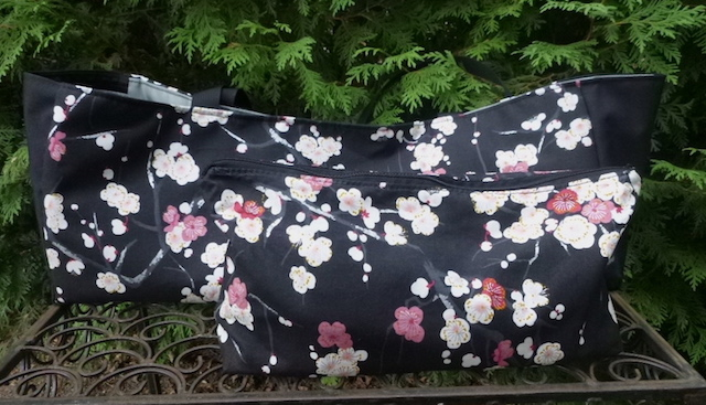 soft sided carry tote for mahjongg