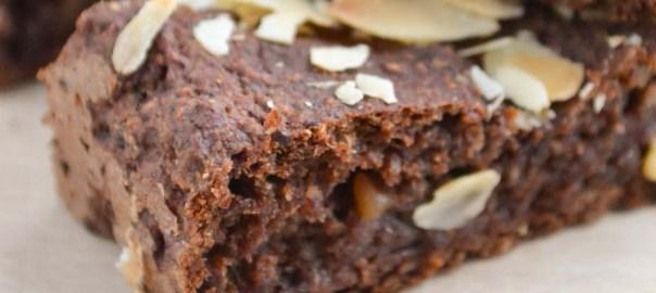 Zachte chocoladerepen met banaan & chiazaad