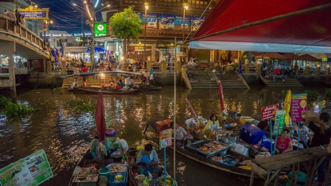 Amphawa floating market juni-16