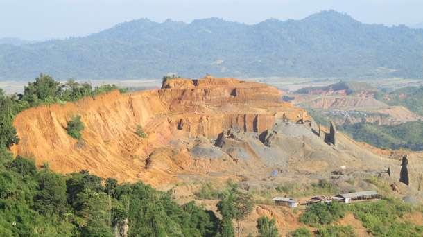 Kachin gam, Hpakant Township aom suangkhuk