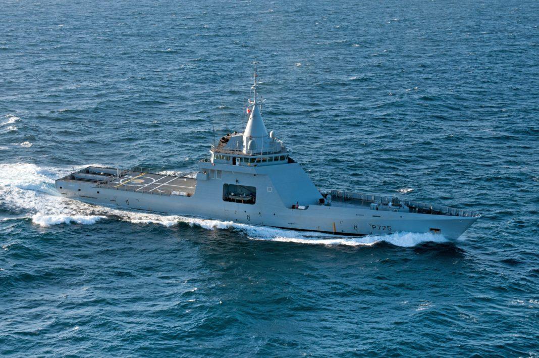 Resultado de imagen para buque ARA Bouchard (ex L'Adroit, de la marina francesa)