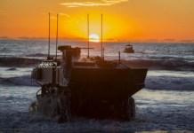 vehículo de combate anfibio