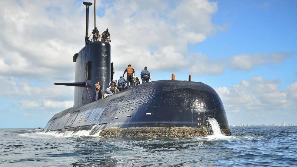 Se accidenta submarino argentino. - Página 2 San-Juan