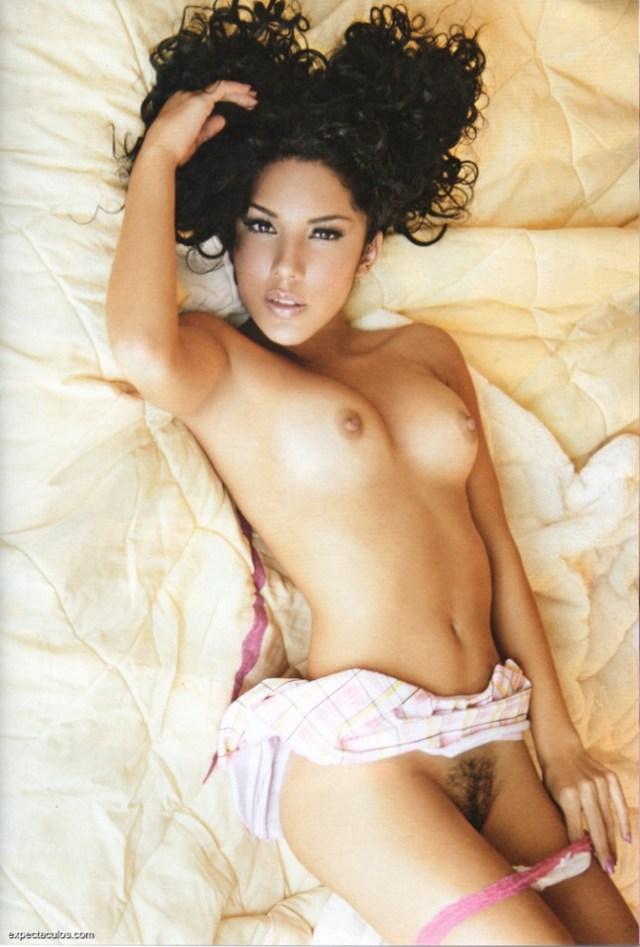 Brissia Playboy Mexico Enero 2013 (8)