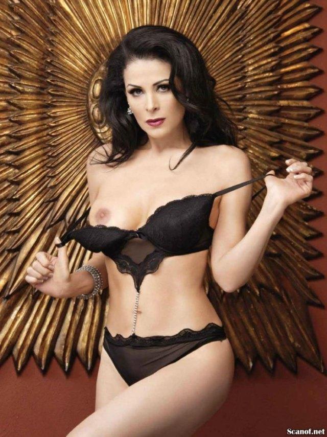 Lourdes-Munguia-Playboy-Julio-2013-5