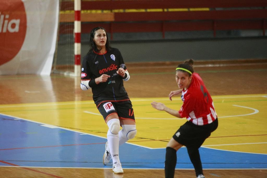 """Vanessa (Ourense Envialia FSF): """"La primera vuelta ha superado con mucho las expectativas que teníamos marcadas inicialmente"""""""