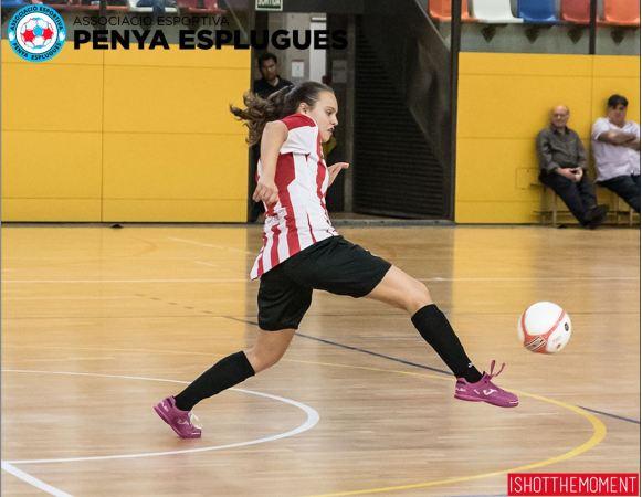 """Iris Amaro (Jugadora de AE Penya Esplugues): """"Cuando jugamos con confianza, podemos competir contra cualquier equipo"""""""