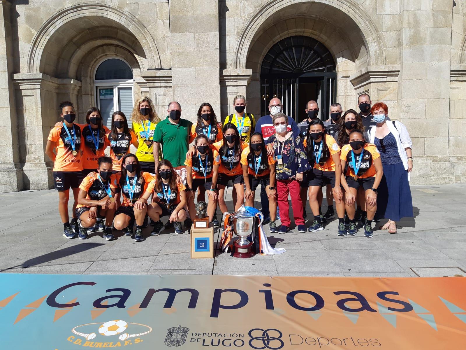 Ayuntamiento y Diputación reciben la Copa de la Liga 2019/2020