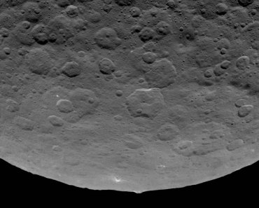 Una extraña montaña en el asteroide Ceres