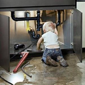 tuto plomberie d boucher un lavabo ou un vier. Black Bedroom Furniture Sets. Home Design Ideas